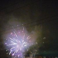 Новый год во дворе :: Serg