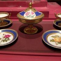Предметы сервиза с изображением роз и шиповника (1821-1822г.) :: Люба