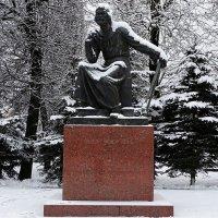 Памятник Федору Коню - зодчему и создателю Крепостной стены :: Милешкин Владимир Алексеевич