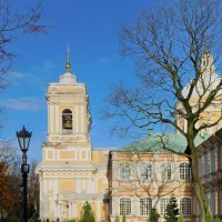 С видом на Троицкий собор :: Andzhin