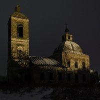Старая церковь :: Вячеслав Печенин