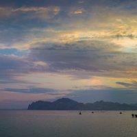 Закатный вечер в бухте :: Дима Фотерберг