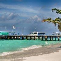 Rannalhi island. Maldives. :: Voyager .