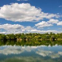 Озеро в Шанхае :: Юрий Хайров