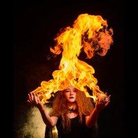 Огненная ведьма :: Михаил Решетников
