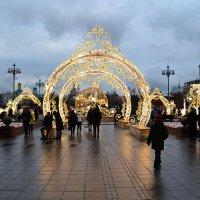 Москва праздничная. :: Aлександр **