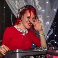 DJ GRELL :: Оксана Пучкова