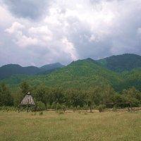 На курорте Аршан :: Анатолий Цыганок