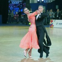 Опять о танцах :: Евгений Седов