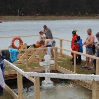 Крещенские купания :: Валерий