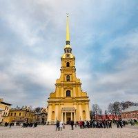 Петропавловская крепость. Центр. :: Oleg