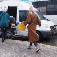 Человек в пальто. :: Ильсияр Шакирова