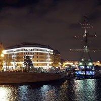 Вид на Мытнинскую набережную с Биржевого моста (Санкт-Петербург) :: Ольга И
