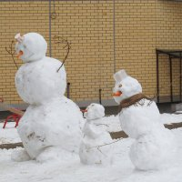 танцующие снеговики :: Лера