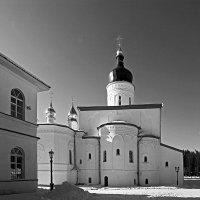 Спасо-Елеазаровский монастырь :: Зуев Геннадий