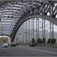 На Большеохтинском мосту... :: Николай Панов