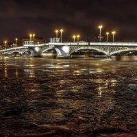 Благовещенский мост.Нева. :: Юрий Слепчук