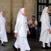 Католические монашки :: Елена Павлова (Смолова)