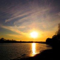 Свет уходящего солнца :: Андрей Снегерёв
