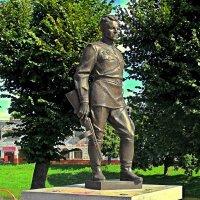 Город в честь его имени... :: Сергей Карачин