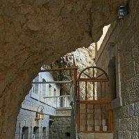 В монастыре Сорокодневного Искушения :: Зуев Геннадий