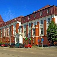 Новое здание Правительства округа Гумбиннена :: Сергей Карачин
