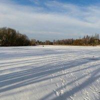 Следы отважных рыбаков на тонком льду озера :: Милешкин Владимир Алексеевич