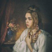 Девушка у окна :: Vladimir Voronoff
