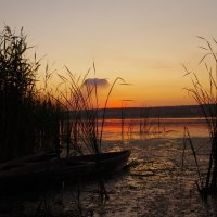 Две лодки - две судьбы :: Александр Мац