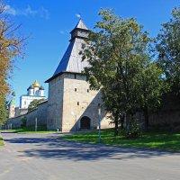 Псковский Кром, Власьевская башня :: Евгений