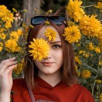 Девушка в ТЦ #5 :: Дмитрий Коваленко