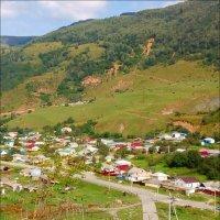 Дорога в горы, проезжаем Теберду :: Надежда