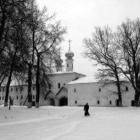 В Тихвинском монастыре :: Зуев Геннадий