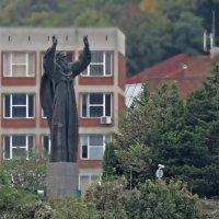 святой Николай над городом :: ИРЭН@ .