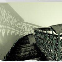 Призрак лестницы 2 :: Людмила Волдыкова