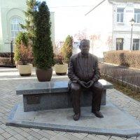 Памятник Эльдару Рязанову :: марина ковшова