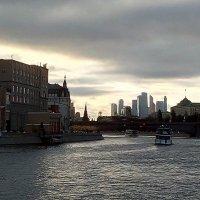 Вид на р.Москва :: Павел Михалев