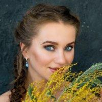 Весна, мимозы... :: Ксения Григорьева