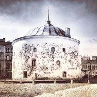 Круглая башня :: Сергей Беличев