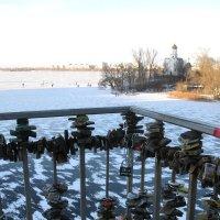 Карантин на Украине - свадьбы отменены... Весной наступила зима. :: Alex Aro Aro Алексей Арошенко