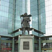 Памятник русскому гвардейцу Семёновского полка :: Александр Качалин