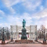 Пушкин на площади :: Юлия Батурина