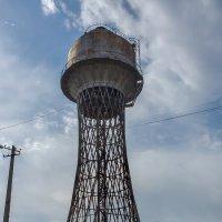Старинная водонапорная башня в Николаеве :: Владимир KVN