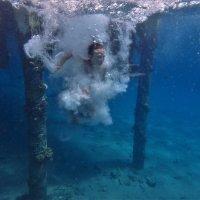 Морские забавы... :: Евгений Яхим