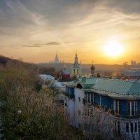Москва. Вечер на Воробьевых горах :: Михаил Танин