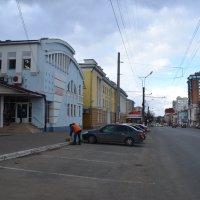 Городские улицы :: Алексей