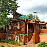 Конюшенный двор  Коломенское. МГОМЗ :: Александр Качалин