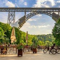 У моста :: Konstantin Rohn