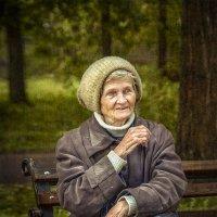 Старость – это когда знаешь все ответы, но никто тебя не спрашивает... :: Александр Бойко
