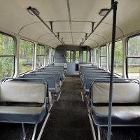 В салоне старого троллейбуса :: Вячеслав Маслов